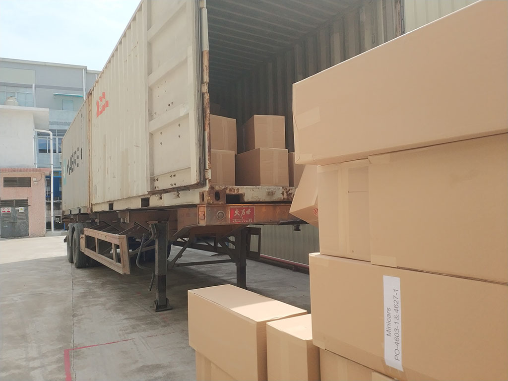 Joysway Factory Shipping Container Goods to Customer7