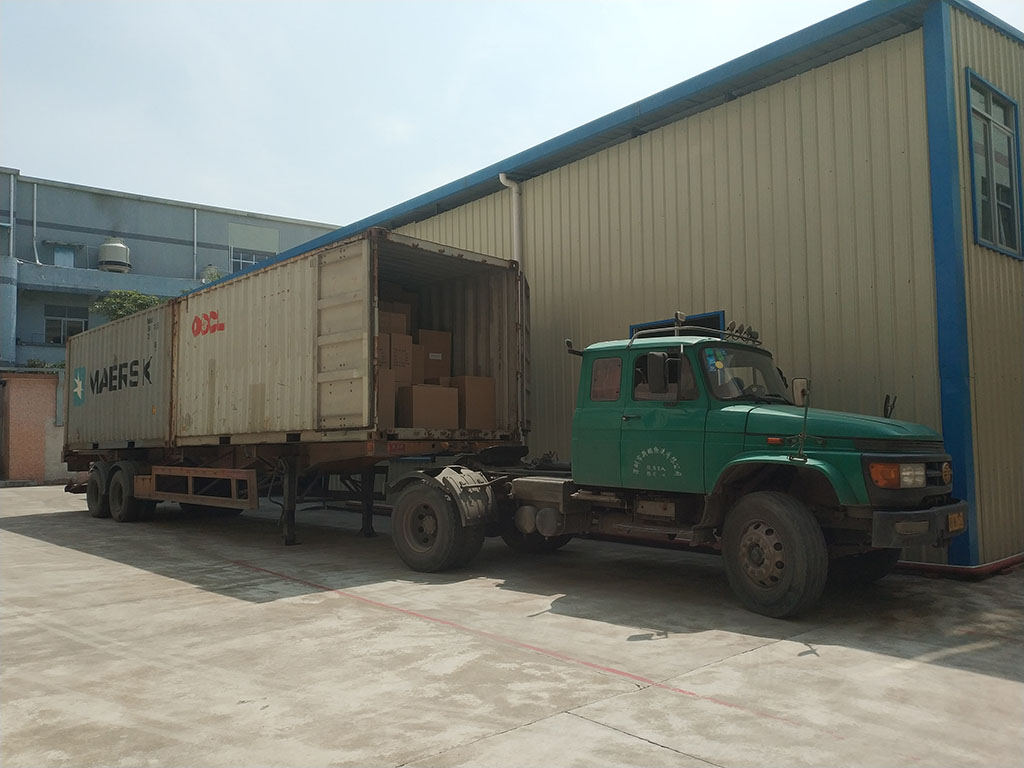 Joysway Factory Shipping Container Goods to Customer9